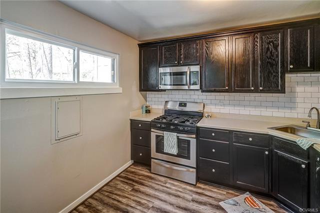 Condominium, Contemporary - Chesterfield, VA (photo 2)