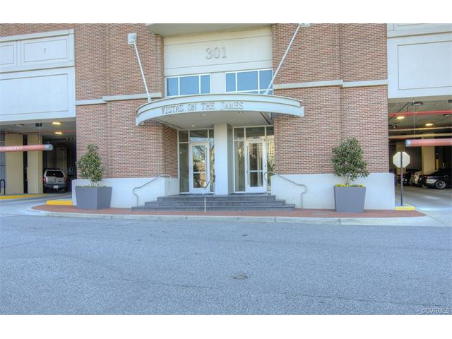 Condominium, Hi-Rise - Richmond, VA (photo 1)