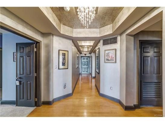 Condominium, Mid-Rise,Transitional - Henrico, VA (photo 4)