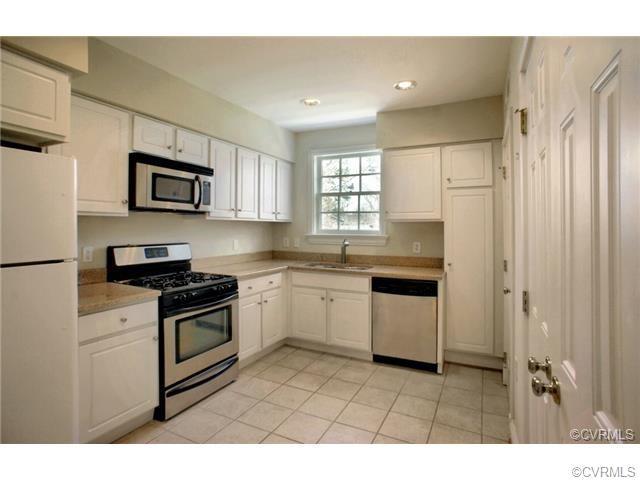 Condominium, Colonial - Richmond, VA (photo 2)
