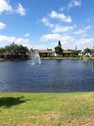 West Palm Beach, FL - USA (photo 1)