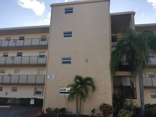 711 Lori Drive Unit 402, Palm Springs, FL - USA (photo 1)