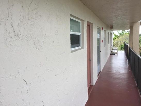 711 Lori Drive Unit 408, Palm Springs, FL - USA (photo 1)