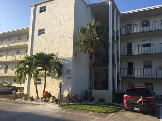 711 Lori Drive Unit 408, Palm Springs, FL - USA (photo 2)