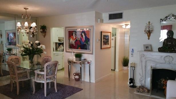 103 Stratford H, West Palm Beach, FL - USA (photo 1)