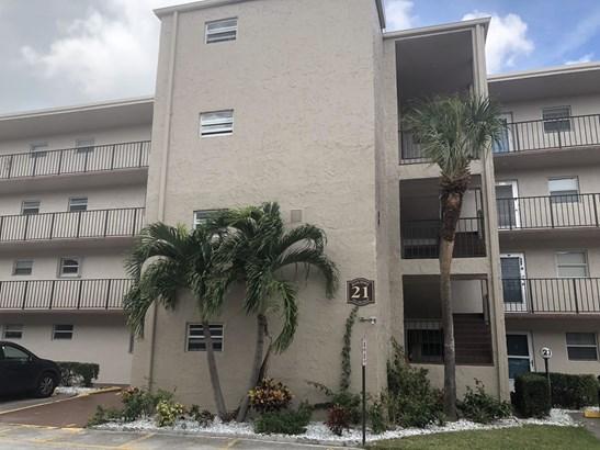 725 Lori Drive Unit 312, Palm Springs, FL - USA (photo 2)