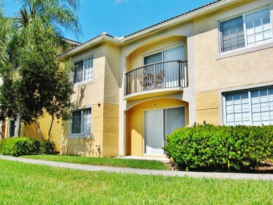 100 Crestwood Court Unit 103, Royal Palm Beach, FL - USA (photo 1)