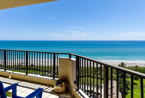 570 Ocean Drive Unit 902, Juno Beach, FL - USA (photo 2)