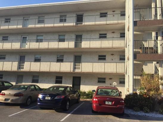 725 Lori Drive Unit 202, Palm Springs, FL - USA (photo 2)