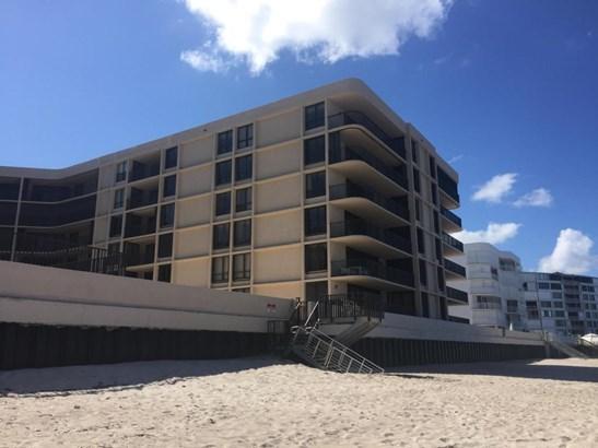 3610 S Ocean Boulevard Unit 306, South Palm Beach, FL - USA (photo 4)