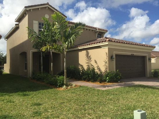 4694 Capital Drive, Lake Worth, FL - USA (photo 1)