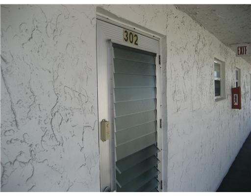 721 Lori Drive Unit 302, Palm Springs, FL - USA (photo 1)