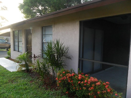 2574 Ida Way Unit 5a, West Palm Beach, FL - USA (photo 5)