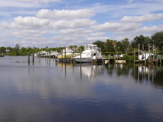 894 Sw Lost River Shores Drive, Stuart, FL - USA (photo 3)