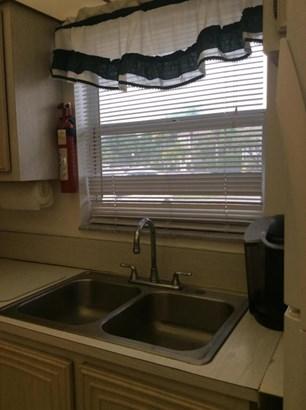 711 Lori Drive Unit 103, Palm Springs, FL - USA (photo 2)