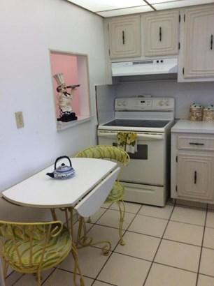 711 Lori Drive Unit 103, Palm Springs, FL - USA (photo 3)