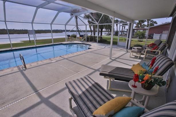 228 Ocean Palm Drive , Flagler Beach, FL - USA (photo 2)