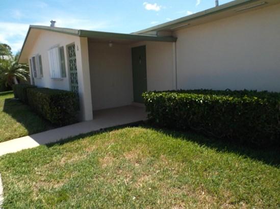 2960 Crosley Drive Unit A, West Palm Beach, FL - USA (photo 1)