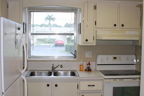 2960 Crosley Drive Unit A, West Palm Beach, FL - USA (photo 3)