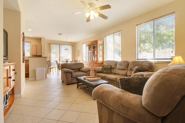 1732 Terracotta Drive, Riviera Beach, FL - USA (photo 4)