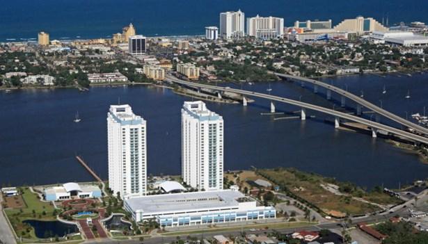 241 Riverside Drive Unit 1102, Holly Hill, FL - USA (photo 1)