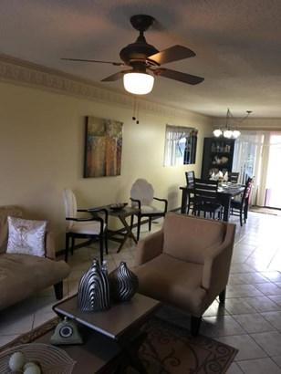 2602 Canalside Drive, Greenacres, FL - USA (photo 5)