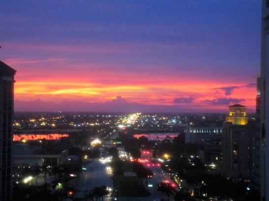 801 S Olive Avenue Unit #1617, West Palm Beach, FL - USA (photo 1)