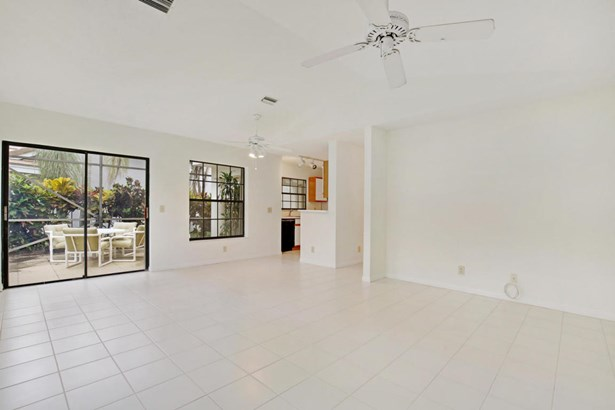 4325 Sherwood Forest Drive, Delray Beach, FL - USA (photo 3)