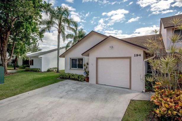 194 Par Drive, Royal Palm Beach, FL - USA (photo 2)