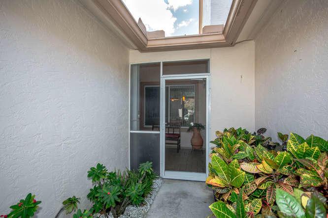 194 Par Drive, Royal Palm Beach, FL - USA (photo 3)
