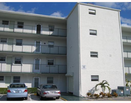 729 Lori Drive Unit 105, Palm Springs, FL - USA (photo 1)