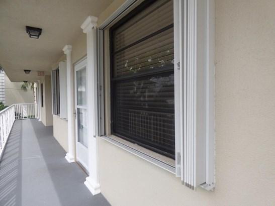 3521 Village Boulevard Unit 202, West Palm Beach, FL - USA (photo 3)
