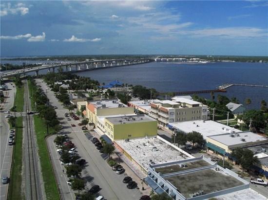 47 Sw Osceola Street 302, Stuart, FL - USA (photo 2)