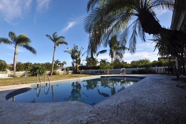 2473 Se Gowin Drive, Port St. Lucie, FL - USA (photo 3)