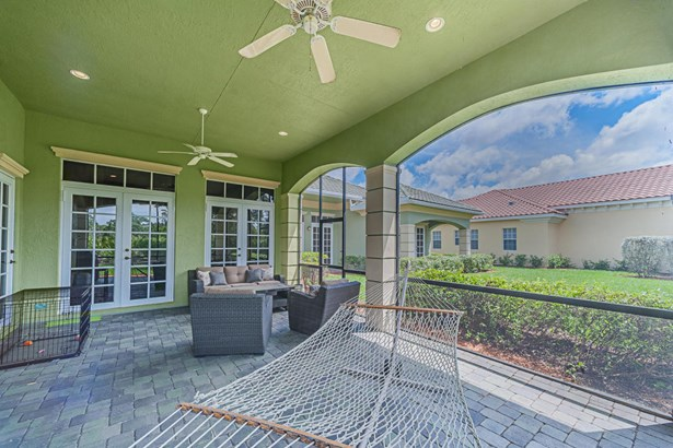 9319 Scarborough Court, Port St. Lucie, FL - USA (photo 3)