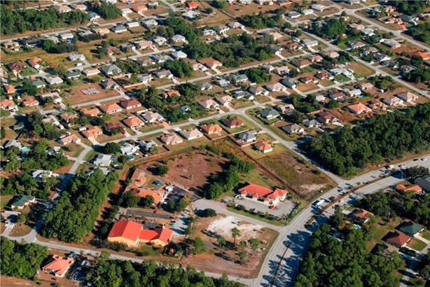 832 Sw Glenview Court, Fort Pierce, FL - USA (photo 1)