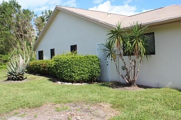 2415 Riviera Drive, Delray Beach, FL - USA (photo 4)