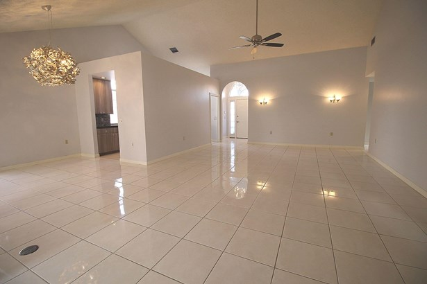 2313 Saratoga Bay Drive, West Palm Beach, FL - USA (photo 4)