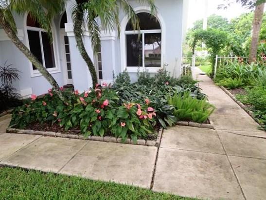 2339 Cypress Tree Circle, West Palm Beach, FL - USA (photo 3)