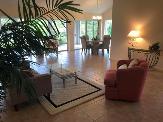 2339 Cypress Tree Circle, West Palm Beach, FL - USA (photo 4)