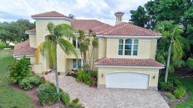 2410 Muir Circle, Wellington, FL - USA (photo 1)