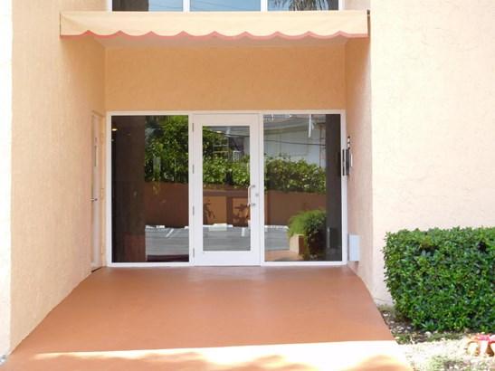 3520 S Ocean Boulevard Unit L302, South Palm Beach, FL - USA (photo 2)