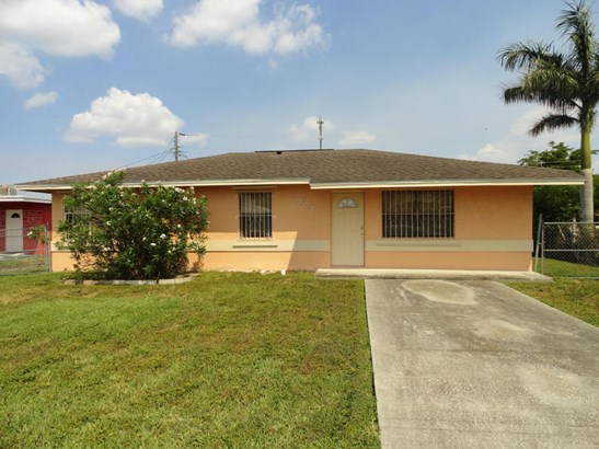 1307 Sw Avenue C, Belle Glade, FL - USA (photo 2)