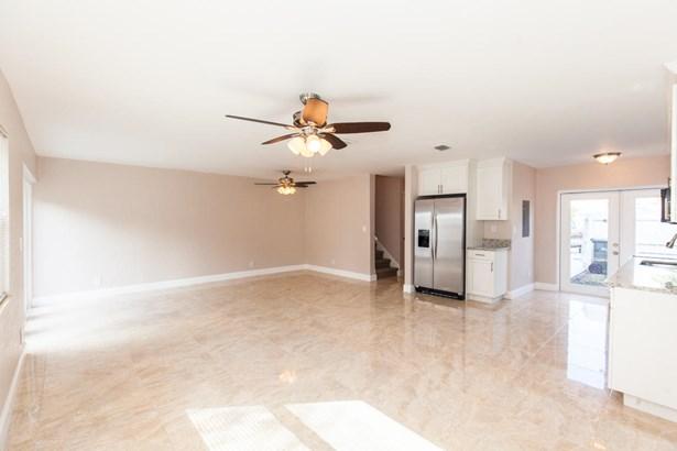 5086 Nw 5th Street, Delray Beach, FL - USA (photo 2)
