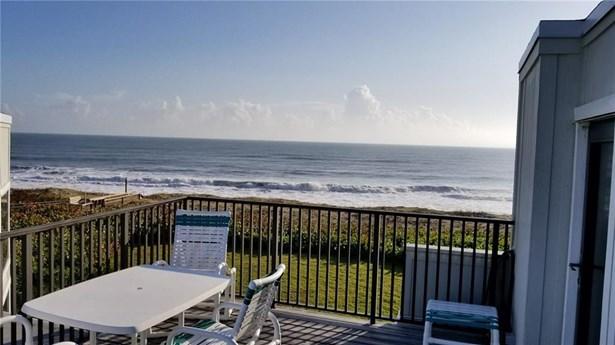 2051 Ne Ocean Blvd C-24, Stuart, FL - USA (photo 3)