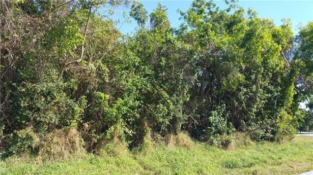 2070 Nw Pine Tree Way, Stuart, FL - USA (photo 3)