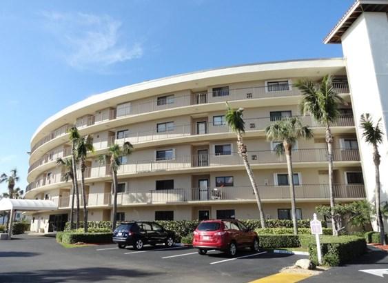3605 S Ocean Boulevard Unit 305, South Palm Beach, FL - USA (photo 2)