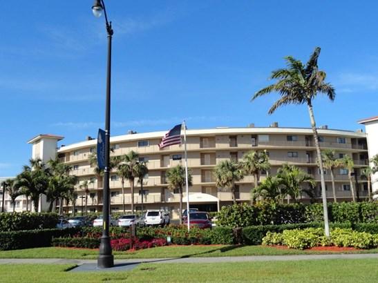 3605 S Ocean Boulevard Unit 305, South Palm Beach, FL - USA (photo 3)