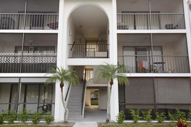 1011 Green Pine Boulevard Unit E3, West Palm Beach, FL - USA (photo 4)