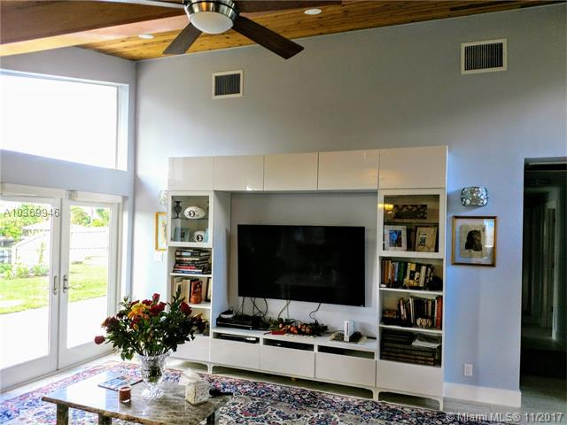 1701 W Terrace Dr, Lake Worth, FL - USA (photo 2)